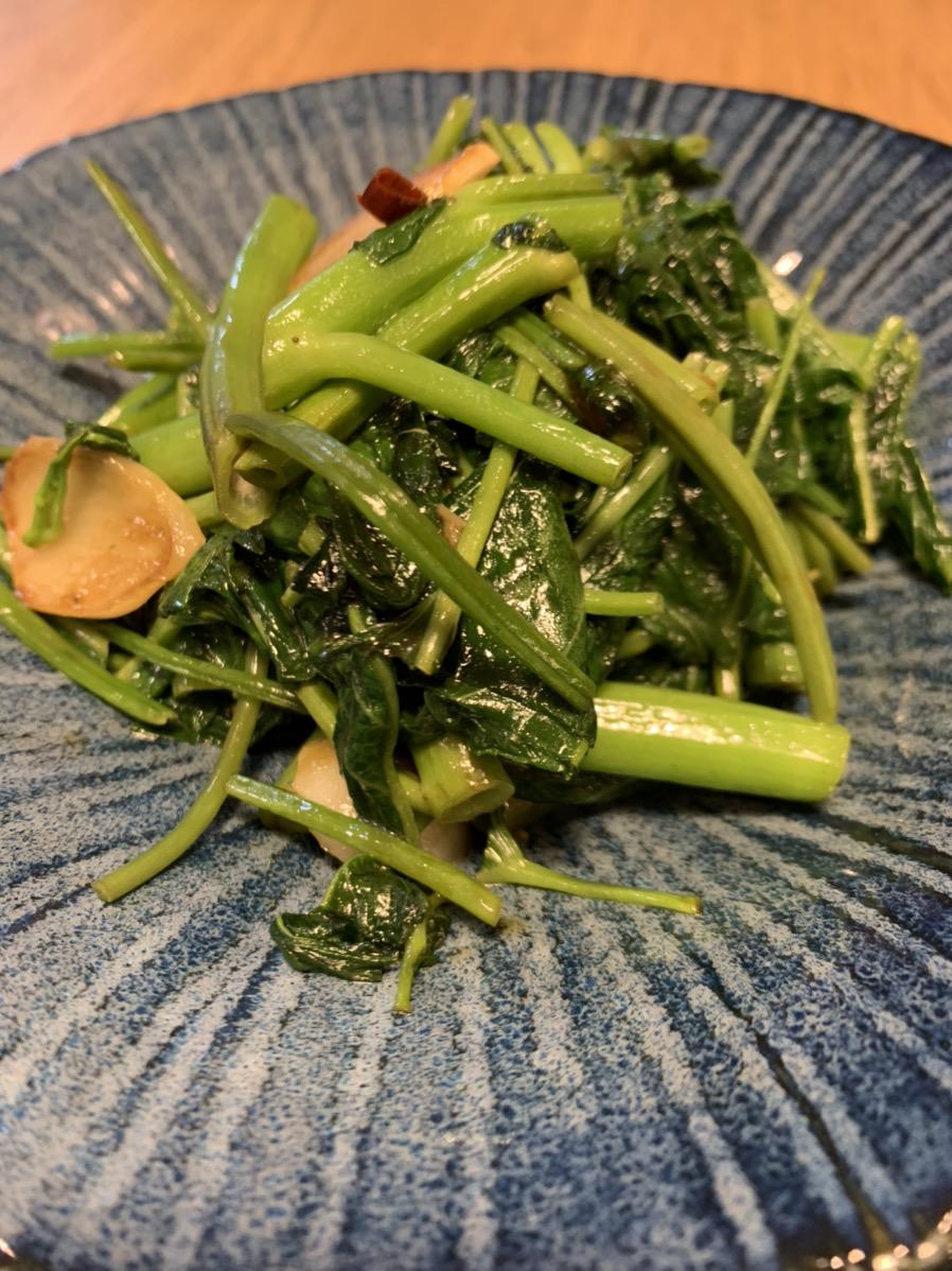 おまかせ野菜BOXの野菜で作った空芯菜の炒め物の画像