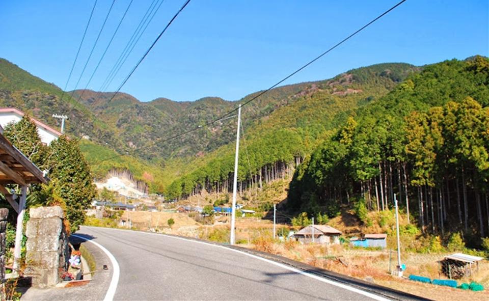 http://irokawamura.com/news/about/jugemu006.jpg